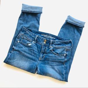 American Eagle Artist Cropped Super Stretch Jeans